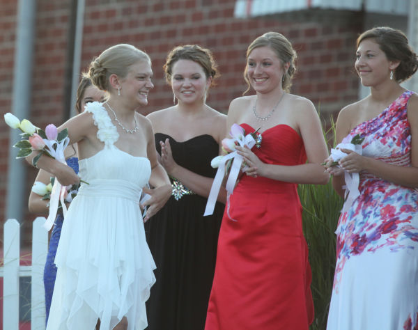 012 New Haven Youth Fair Queen Contest 2013.jpg