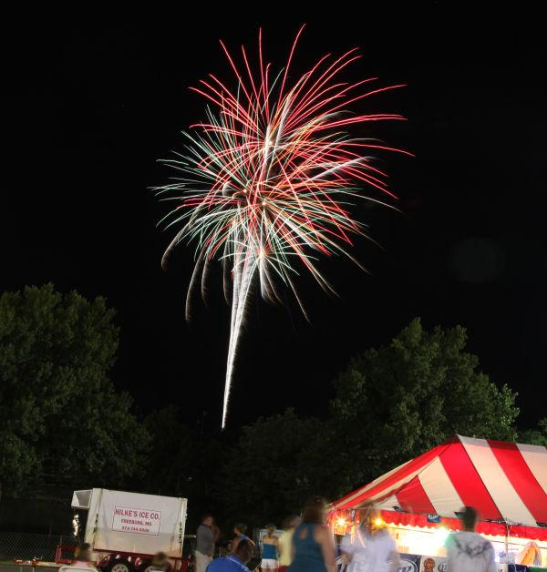 011 Fireworks Fair 2013.jpg