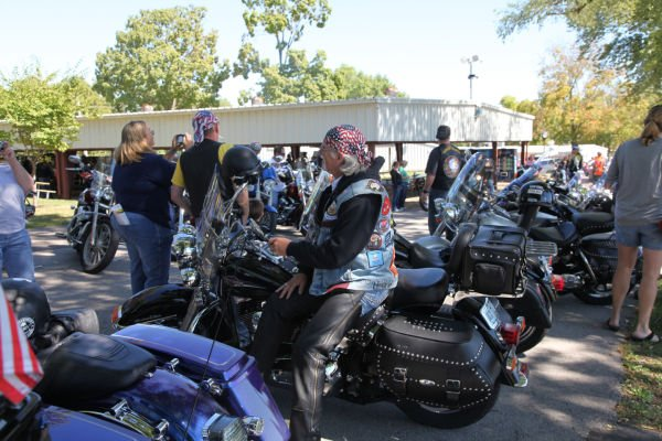 005 Patriot Guard Riders At Moving Wall.jpg