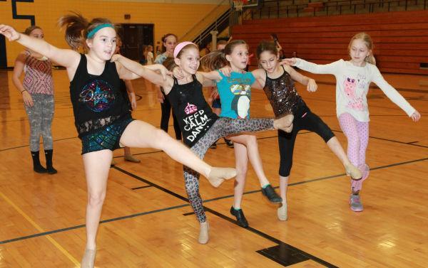 002 SFBRHS Dance Clinic 2014.jpg