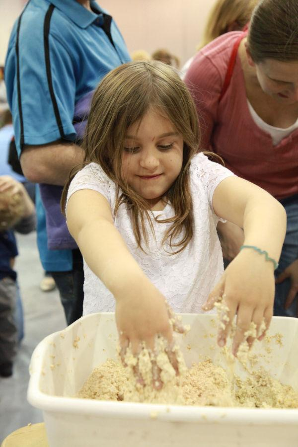 012 Messy Play Night 2014.jpg