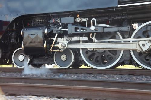 029 Train.jpg