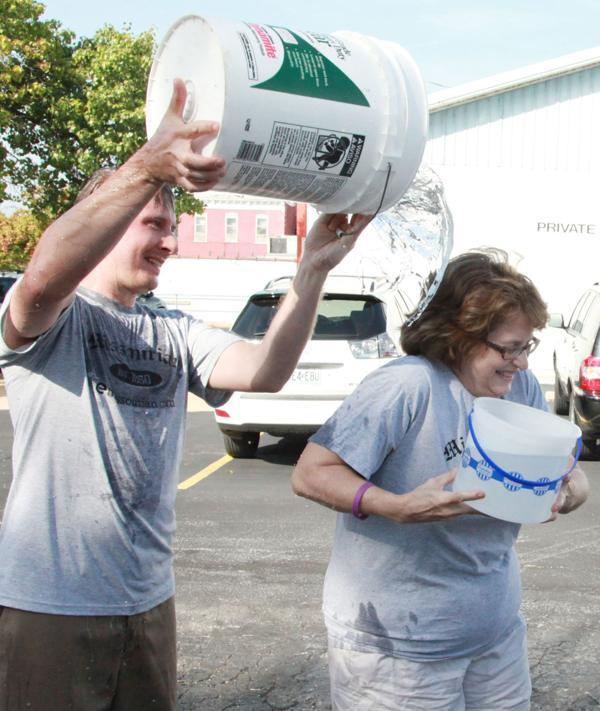004 Washington Missourian Newspaper Ice Bucket Challenge.jpg