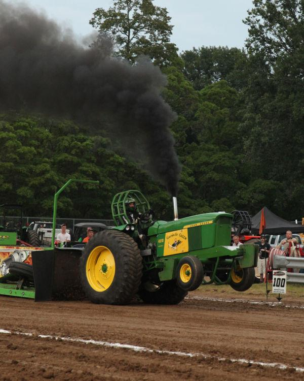 043 Tractor Pull Fair 2013.jpg