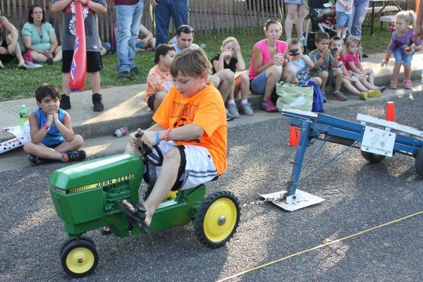 019 Franklin County Fair Pedal Tractor Pull.jpg