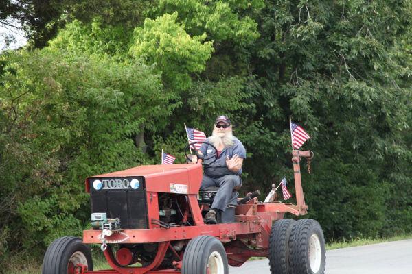 029 Tractor Cruise 2013 Washington.jpg