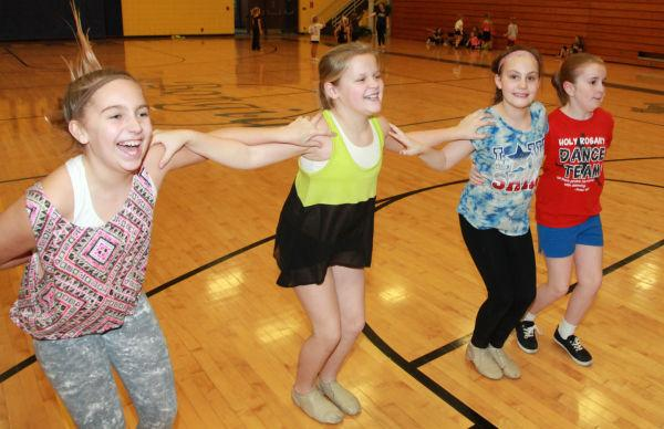 035 SFBRHS Dance Clinic 2014.jpg