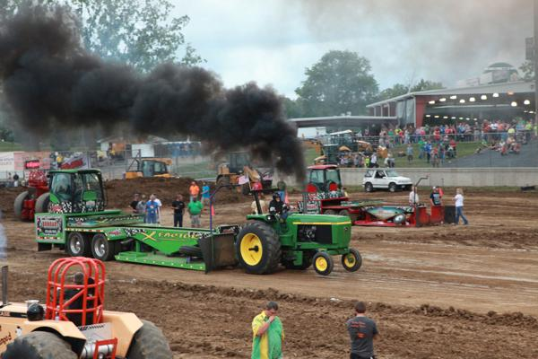 009 Tractor Pull at the Fair 2014.jpg