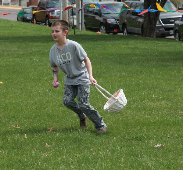 002 First Baptist Church Egg Hunt 2014.jpg