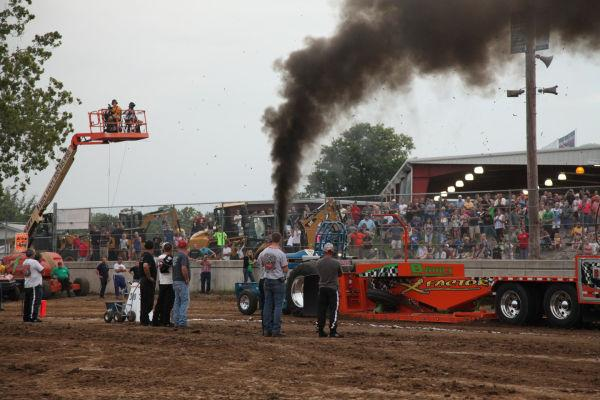 050 Tractor Pull Fair 2013.jpg
