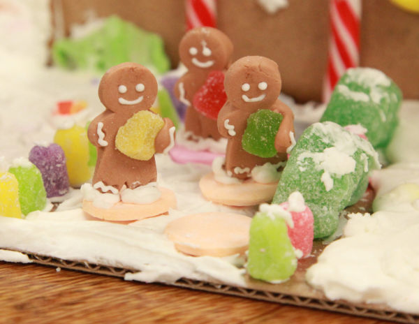 009 Gingerbread Houses 2013.jpg