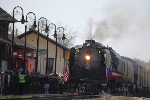 002 Train.jpg