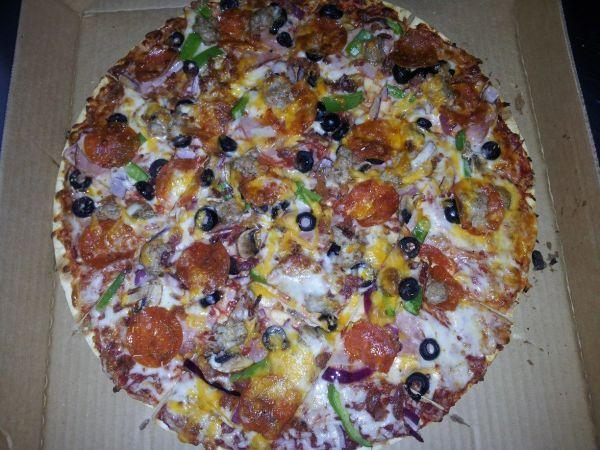 <p>Thin Crust - Big Bo...