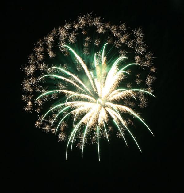 037 Washington MO Fireworks.jpg