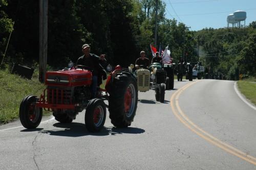 031 SCN tractors.jpg