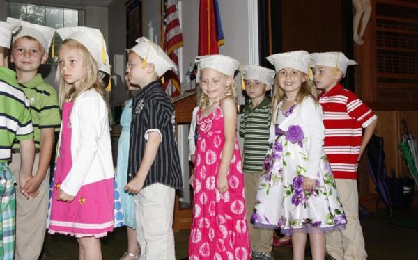 001 St. Gert Kindergarten Grad.jpg