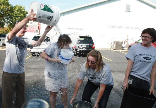 005 Washington Missourian Newspaper Ice Bucket Challenge.jpg