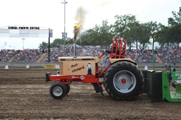 003 Tractor Pull Fair 2013.jpg