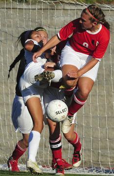 St. Dominic Beats Lady 'Cats, 6-0
