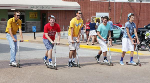 006 SFBRHS Homecoming Parade.jpg