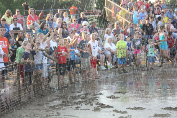 001 Franklin County Fair Pig Scramble.jpg