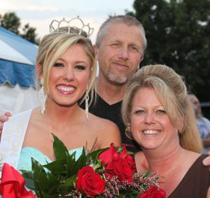 044 Fair Queen Contest 2014.jpg