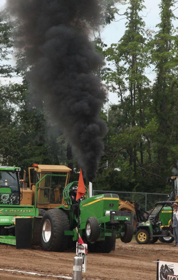 029 Tractor Pull Fair 2013.jpg