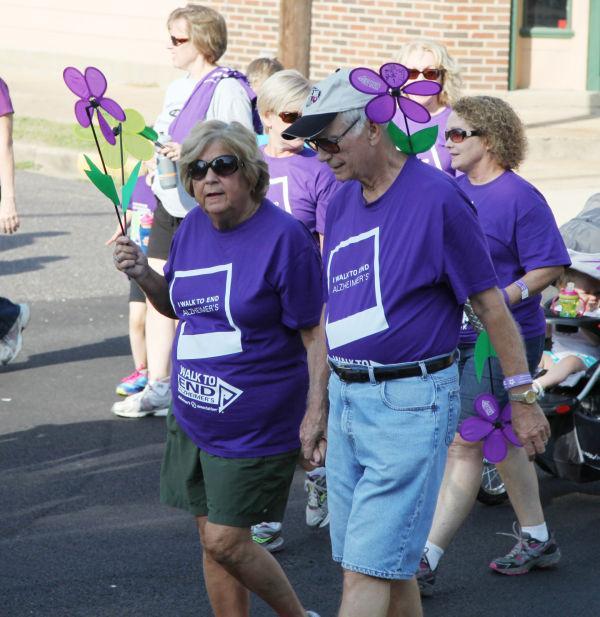 030 Alzheimer Walk 2013.jpg