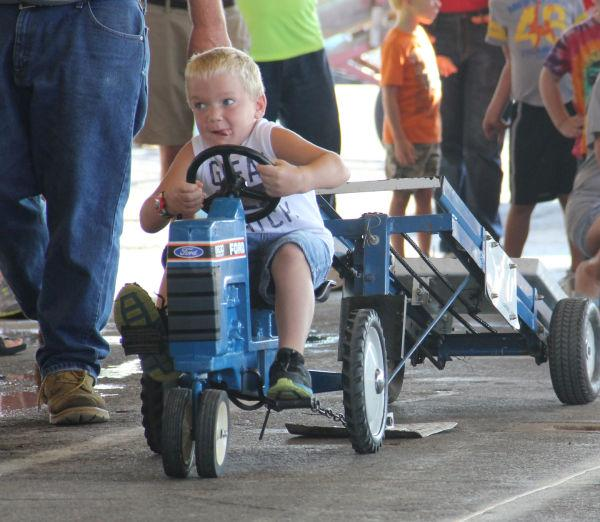 006 Pedal Tractor Pull 2013.jpg