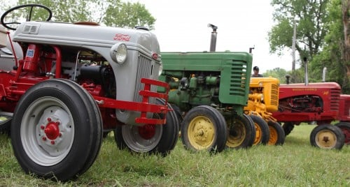 029 Labadie Tractor.jpg