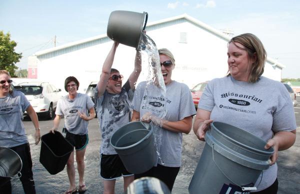 012 Washington Missourian Newspaper Ice Bucket Challenge.jpg