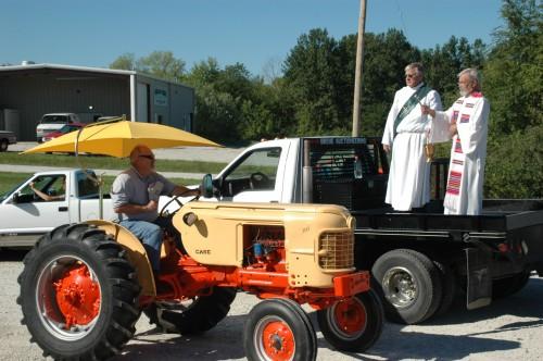 011 SCN tractors.jpg