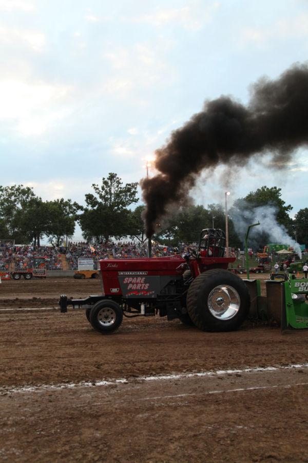 056 Tractor Pull Fair 2013.jpg