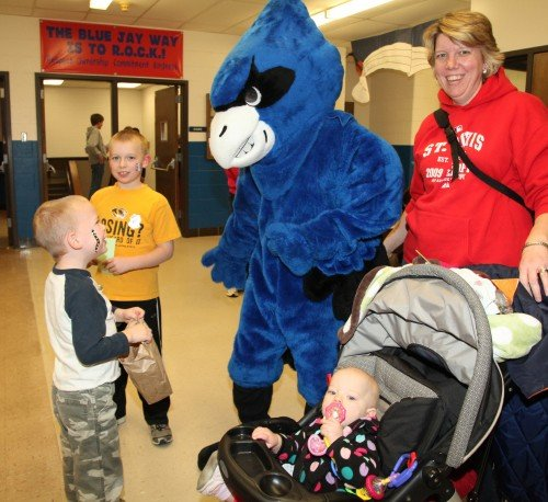 065 Family Reading Night 2012.jpg