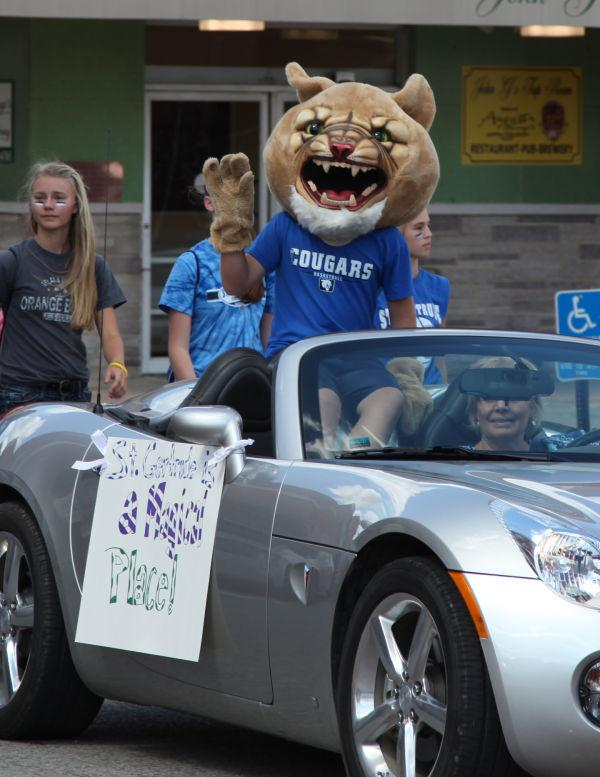 013 SFBRHS Homecoming Parade.jpg