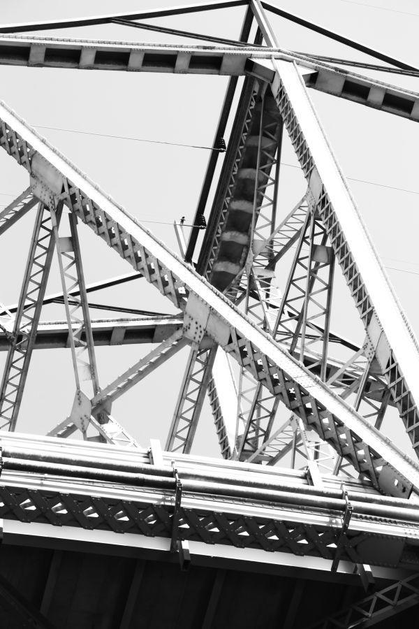 005 Missouri River Bridge in Black and White.jpg