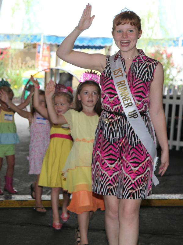 030 Queen for a Day 2014.jpg