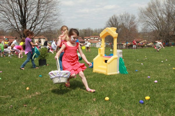 018 First Baptist Church Egg Hunt 2014.jpg
