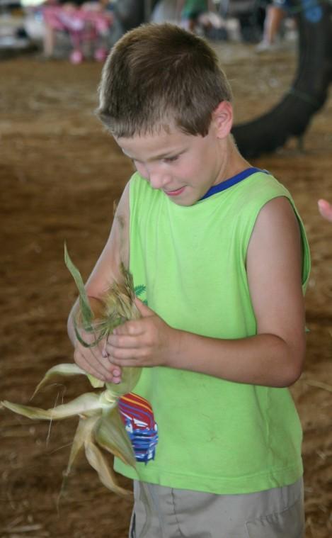 010 Fair Super Farmer Contest.jpg