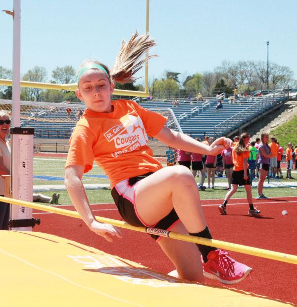 005 7th and 8th Grade Track and Field.jpg