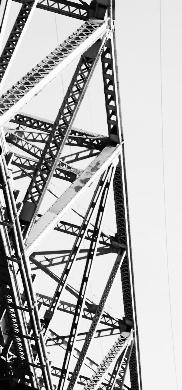 006 Missouri River Bridge in Black and White.jpg