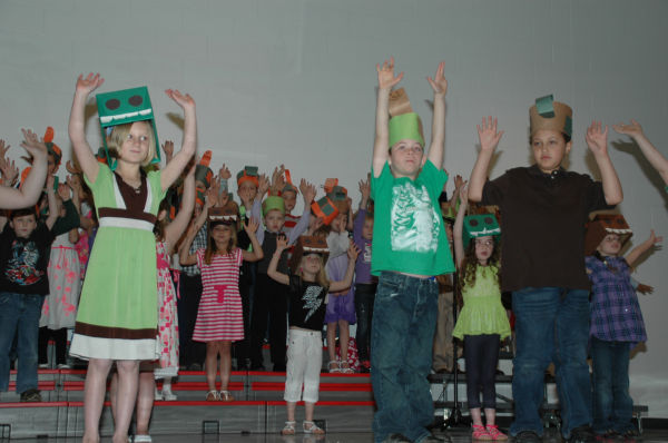 005 St Clair First Grade Concert.jpg