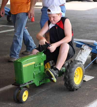 022 Fair Pedal Tractor.jpg