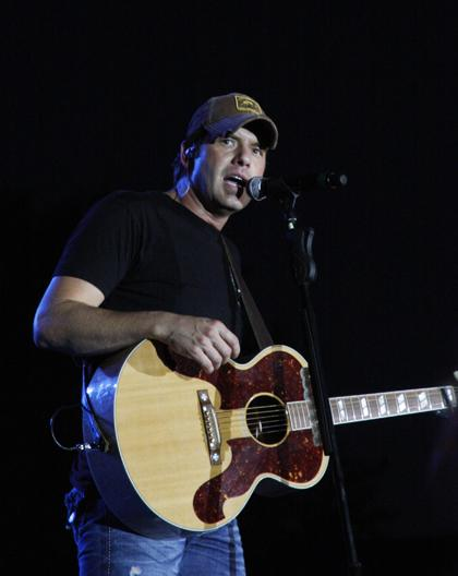 Rodney Atkins TC Fair 019.jpg