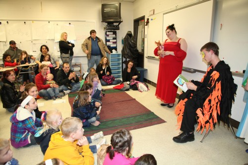 010 Family Reading Night 2012.jpg
