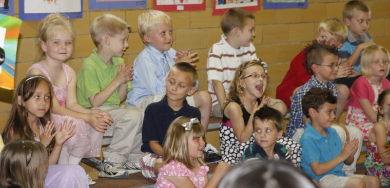 011 Fifth Street School Kindergarten Program.jpg