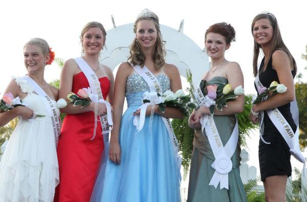 036 New Haven Youth Fair Queen Contest 2013.jpg
