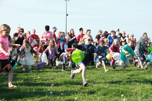 015 Washington City Park Egg Hunt 2014.jpg