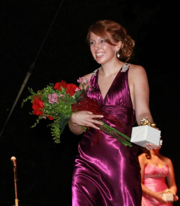 013 Fair Queen Contest.jpg