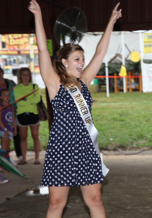 005 Fair Hula Hoop Contest 2014.jpg
